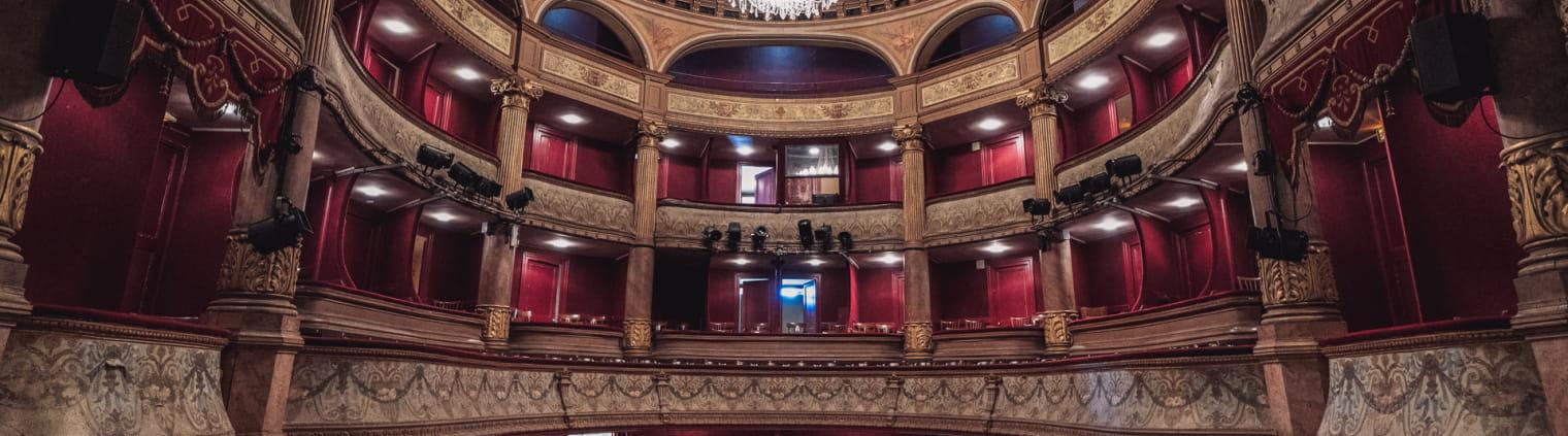 Petit theatre de la Passerelle