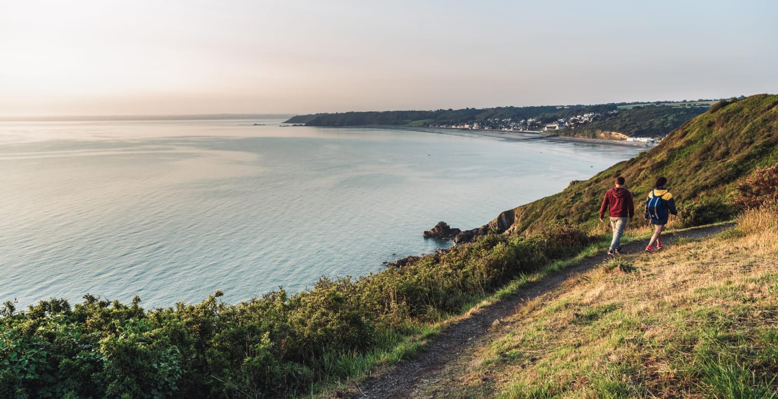 Pointe de la Bechue, plage Tournemine - Les Rosaires, Plerin - Lever soleil - Balade couple