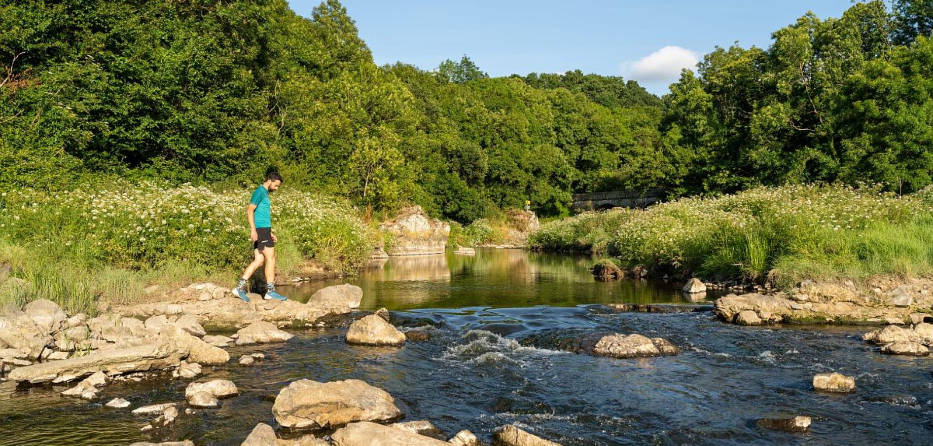 Portrait - Cours d'eau - Running - footing - Course a pied - Trail