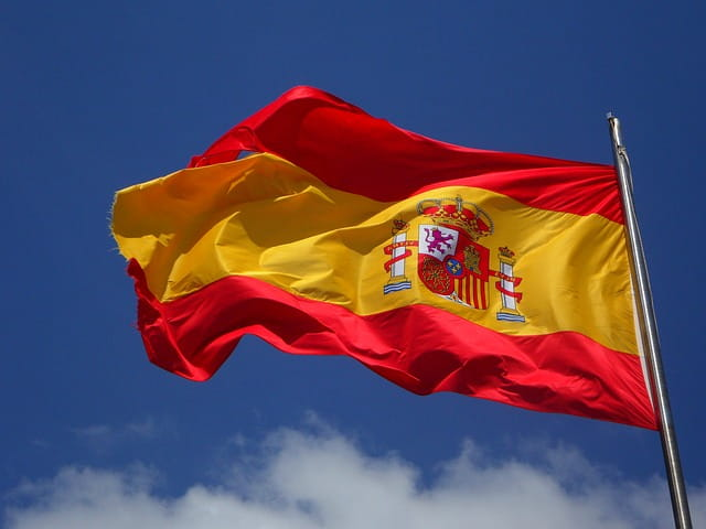 image drapeau espagnole DINANCAPFREHEL
