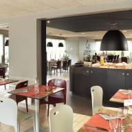 restaurant_campanile_langueux_salle_2