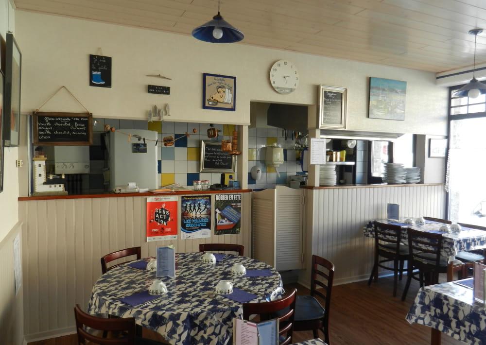 restaurant_crêperie_Bleu_Marine_Saint-Brieuc_salle