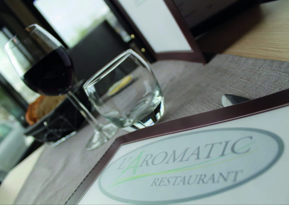 restaurant_l_aromatic_ploeuc-l'hermitage_table