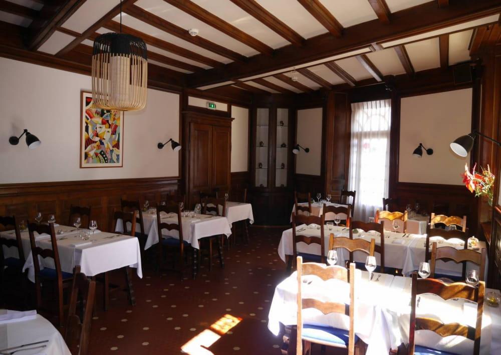 restaurant_le_commerce_quintin_salle_0