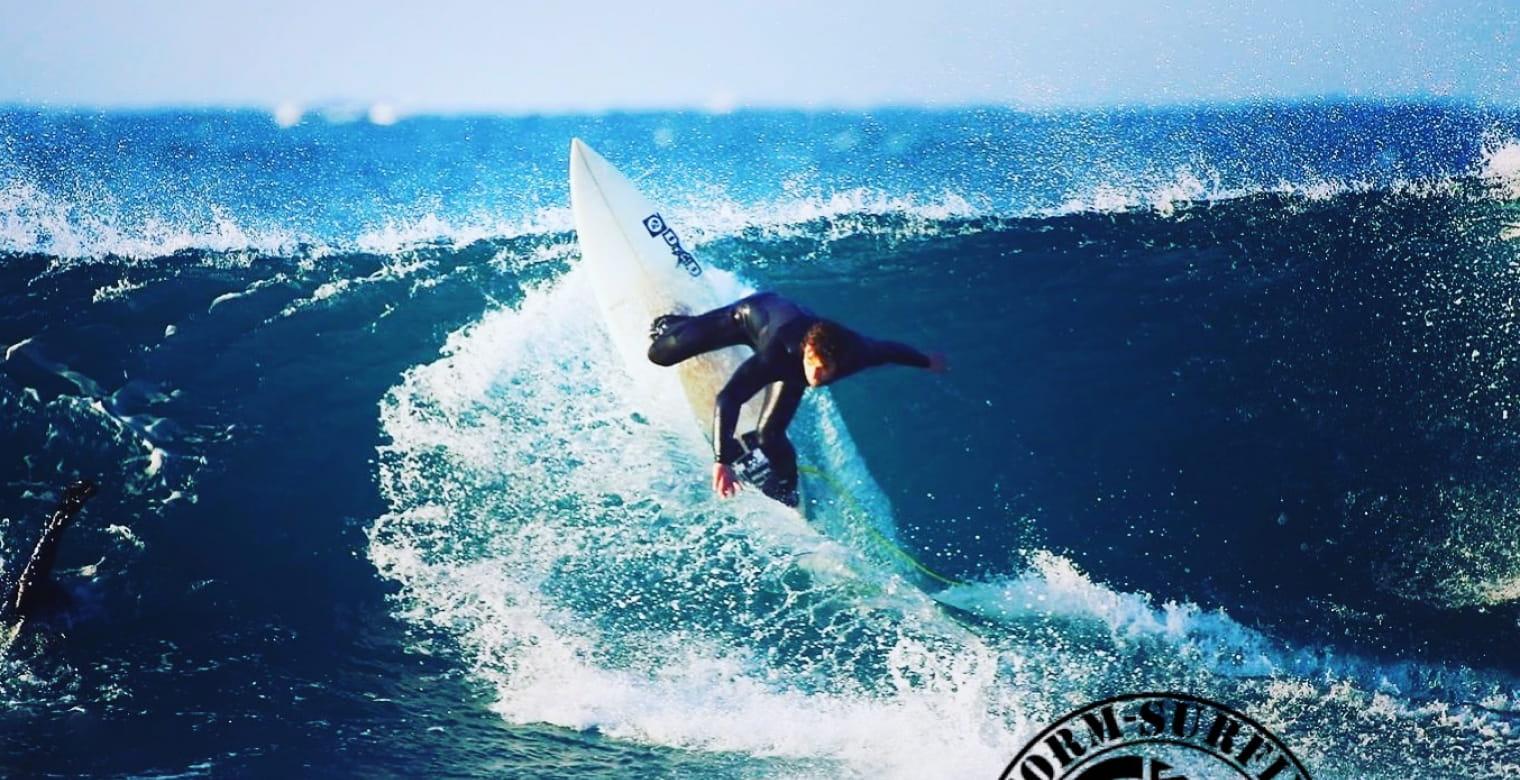 Storm-Surfing-Plerin--3-