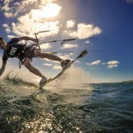 flying-squid-kite-surf-saint-quay-portrieux